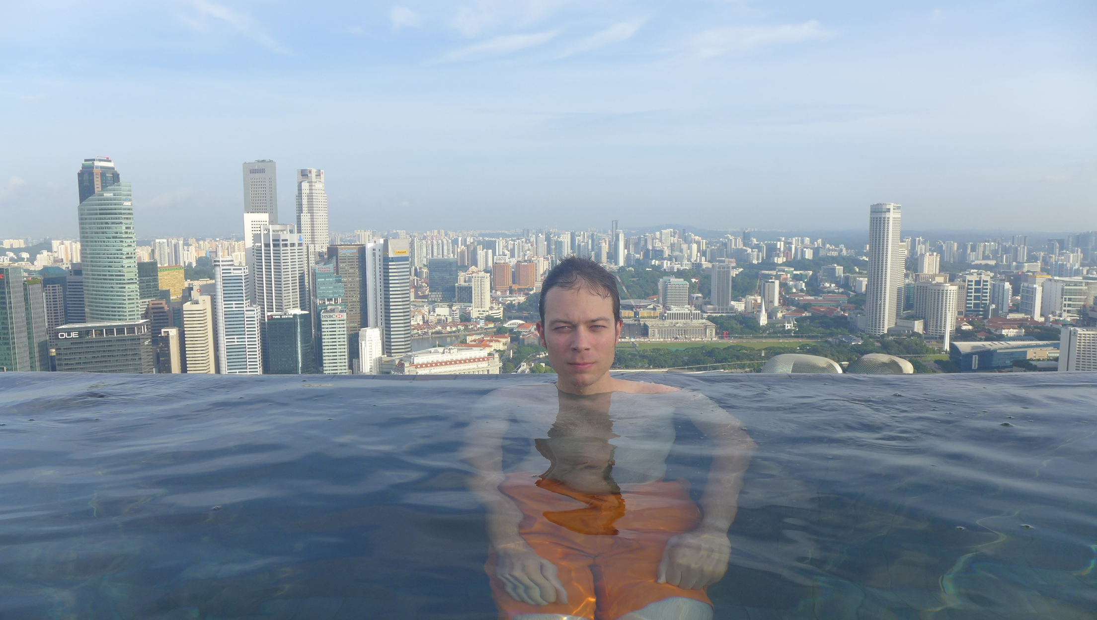 Singapore Hotel With Infinity Pool On Rooftop Image Infinity Pool On The Rooftop At Marina Bay Sands Singapore