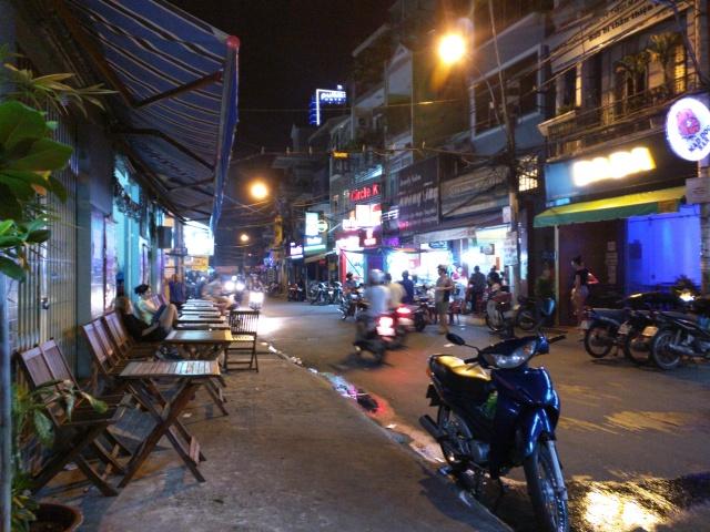 street life bun vien ho chi minh city